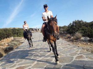 Horse-trekking in Sifnos